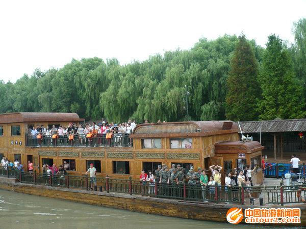 滕州 微湖观荷 景观被列为 枣庄八景 之一